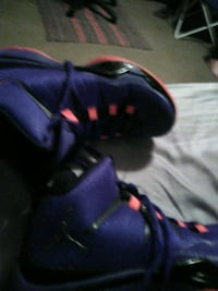 pair of purple-and-black Nike basketball shoes Akron, 44306