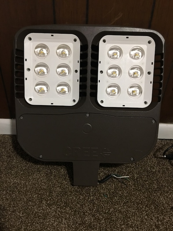 Used Cree Lighting Osq Series Led Fixture For Sale In Anderson Letgo