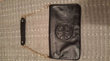 black Tory Burch leather shoulder bag with gold-co