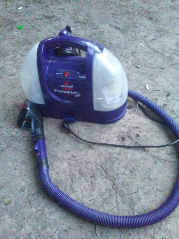 (Bissell) Little Green ProHeat Pet Steam Cleaner a013ae12-b33d-4238-bdda-423dce5d3df4