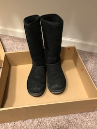 Black Tall Uggs Stephens City, 22655