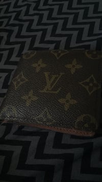 brown and black Louis Vuitton leather wallet Burnaby, V3N