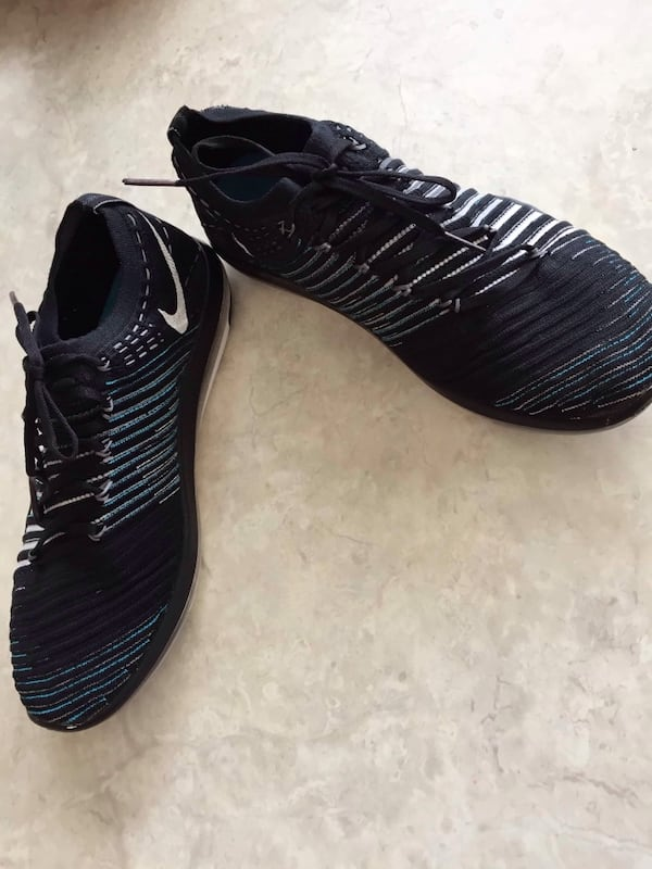 Nike free women's running shoes in excellent con size 8  Upper Gage b7f3ea36-864c-4cbb-bb9e-1ded5246b190