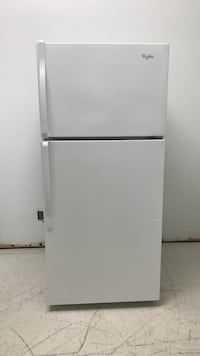 "28"" Whirlpool fridge Toronto, M9M 2H9"