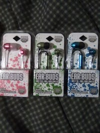 Brand new pug earbuds only pink left