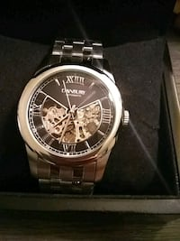 round silver-colored chronograph watch with link bracelet Wichita, 67209