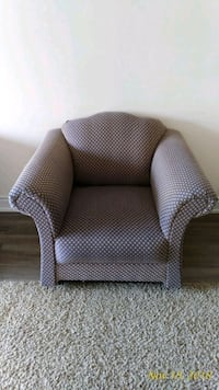 gray and white fabric sofa chair Mississauga, L5L 1H5