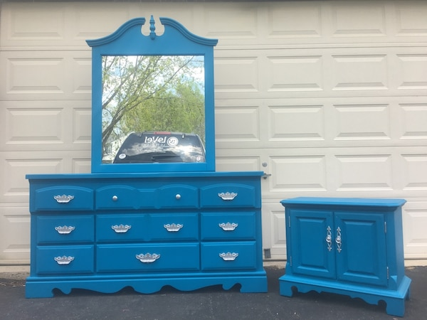 Solid Wood 9 Drawer Long Dresser With Mirror And Nightstand Blue With Silver Handles