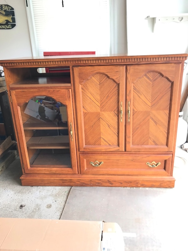 Custom Made Hooker Furniture Solid Oak 56 Media Cabinet