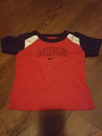 red and black crew neck shirt