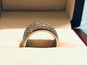 Gorgeous Engagement Ring -18K White Gold***