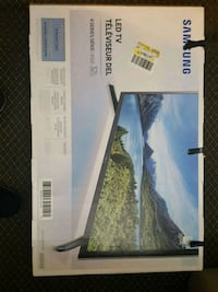 32 inch Samsung hd tv not even 30 days old Saint Catharines, L2P 3T1