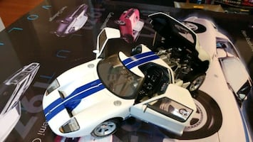 Ford GT 1:18 diecast model