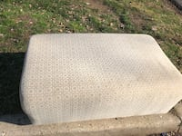 Ottoman foot rest. Free Silver Spring, 20901