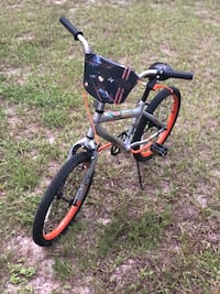 "Huffy Star Wars ""X-Wing Fighter"" 20"" bike...LIKE NEW!!! DeLand, 32724"