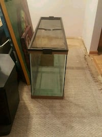 rectangular brown wooden framed glass tank Downers Grove, 60516