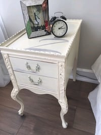 Two solid wood night tables  Newmarket, L3Y