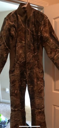 Brown and black real tree camouflage jacket Douglasville, 30135