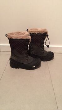 Size 1 winter/snow boot
