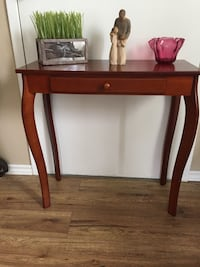 Hall table Cobourg, K9A 3L9