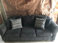 Large gray couch Ferndale, 48220