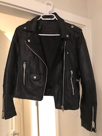 Women's jacket size small brand new. Pleather Burnaby, V5H
