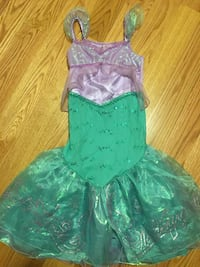 green and white floral sleeveless dress Cliffside Park, 07010