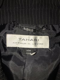 TAHARI JACKET  Elkridge, 21075