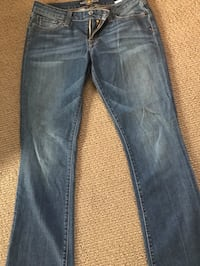 Women's Lucky Brand jeans  Northfield, 08225