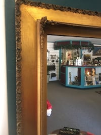 Beautiful mirror from Italy in perfect condition 100%gold leaf Tyler, 75701