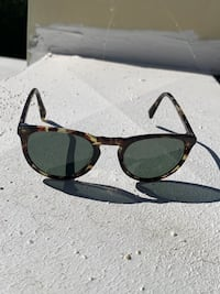 Warby Parker Authentic Tortoise Sunglasses (Haskell 285) Los Angeles, 90077