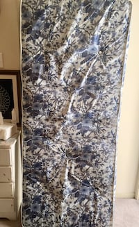 black and white floral textile Mobile, 36695