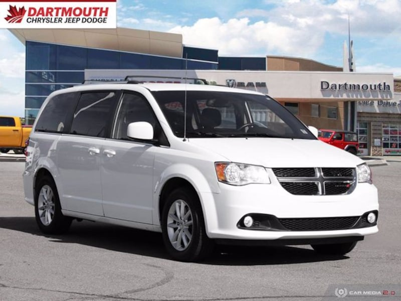 2018 Dodge Grand Caravan SXT Premium Plus 30b63876-da1b-4b87-b5cd-bebe230b17d2