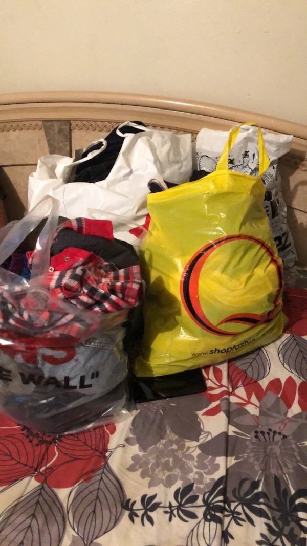 ff1a3a8c9bac Used free bags of clothes for sale in El Monte - letgo