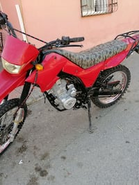 Lifan 200cc cross  2014 model