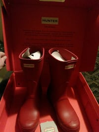 Womens short Hunter boots red Vaughan, L4H 1W9