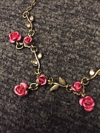Bronze and pink rose necklace Warrenton, 20186