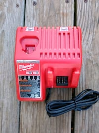 *Brand-new* Milwaukee M12 & M18 Multi-Voltage Char Norman