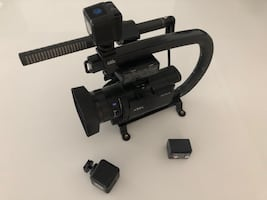 Sony 4K HDR portable camcorder with $1000 in accessories !