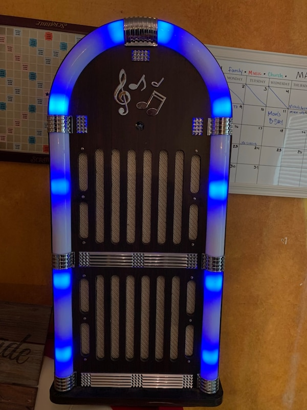 Craig's Bluetooth Jukebox