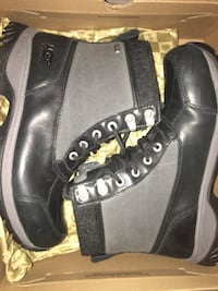 pair of black UGG boots with box Toronto, M1R 0C9