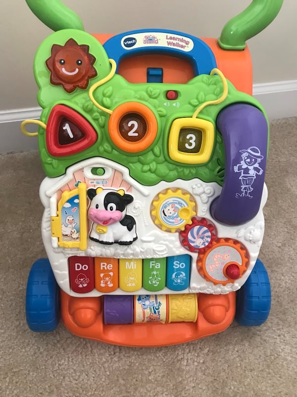 Vtech Sit and Stand Learning Walker 56a664f0-9627-4fc5-82cc-d32fd81ddb8a