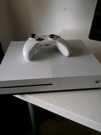 Xbox one s Norrköping, 603 51