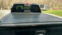 Hard tonneau cover Pittsburgh, 15237