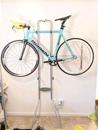 Delta cycle bike stand - holds two