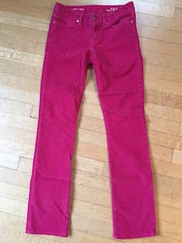 GAP pink corduroy pants size 2. In excellent condition!