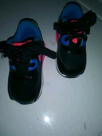 Toddler Air Max sz 5c