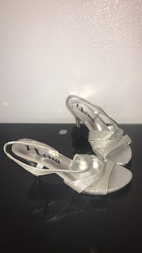Pair of white open-toe ankle strap heels(size 9.5) Gresham, 97230