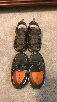 Toddler size 8, pair of brown leather sandals and drown shoes Wilmington, 19805