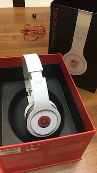 Dre. Beats Wireless beyaz
